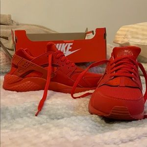 This is red Nike Huraches